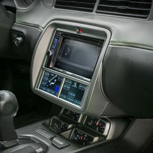 Ford Mustang Dash Kit